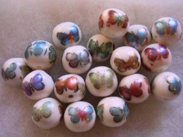 Perles Porcelaines selon Carol Blackburn. Perles-porcelaines-1