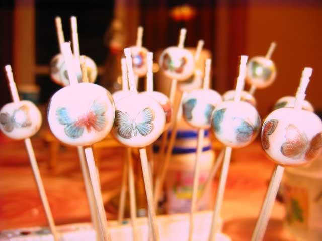 Perles Porcelaines selon Carol Blackburn. Perles-porcelaines-2